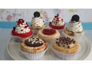 Cupcakes y CheeseCakes surtidas
