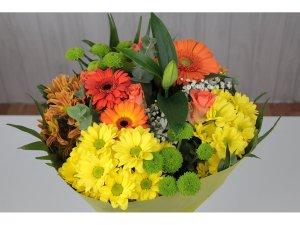Ramo de Flores en tonos amarillos y naranjas