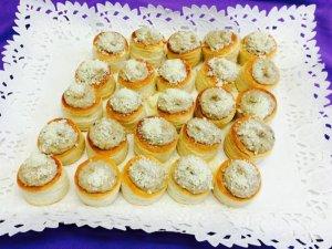 Volovanes de champis y queso parmesano