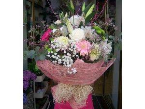 Ramo de Flores tonos rosas y blancos