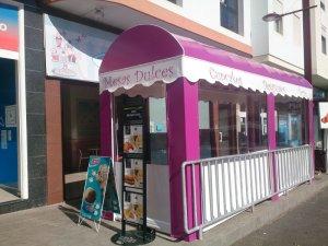 Café Pastelería En Las Nubes