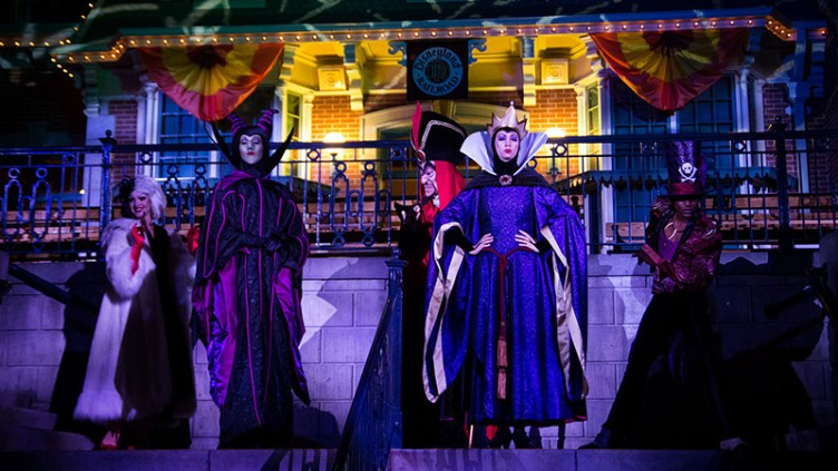 """Some of the Disneyland villains: <a href=""""http://en.wikipedia.org/wiki/Mickey's_Not-So-Scary_Halloween_Party#mediaviewer/File:Villains_at_Mickey%27s_Halloween_Party.jpg"""" target=""""_new"""">image credit</a>"""