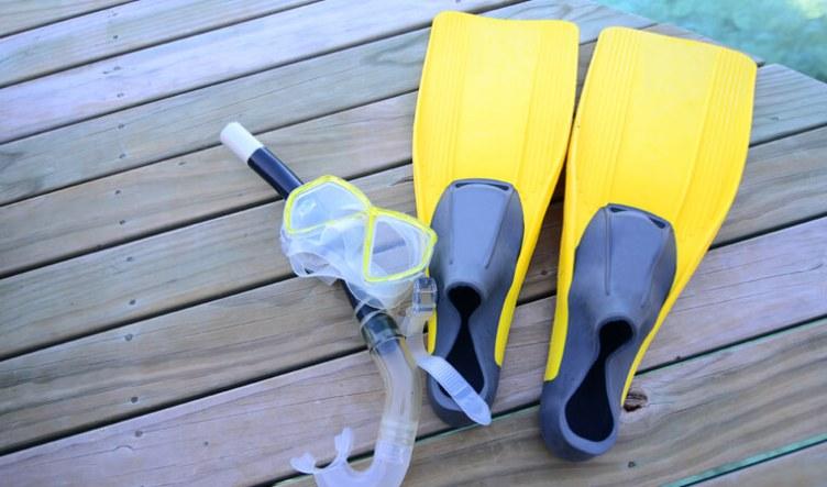 summer-sports-equipment