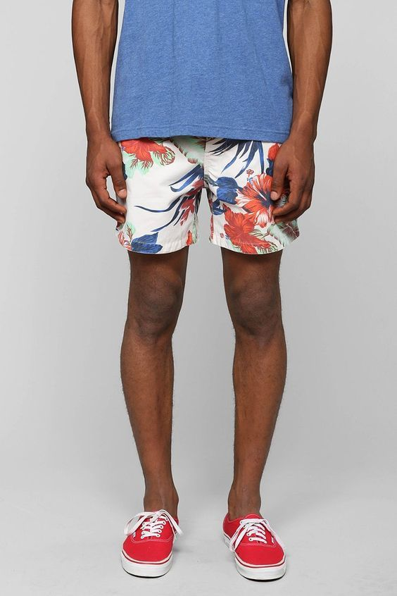 short-masculino-resort-floral