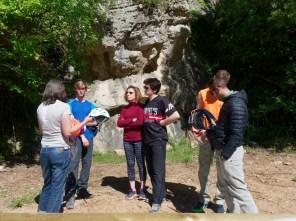 Approach Tour PETZL au site d'escalade de Chateauvert