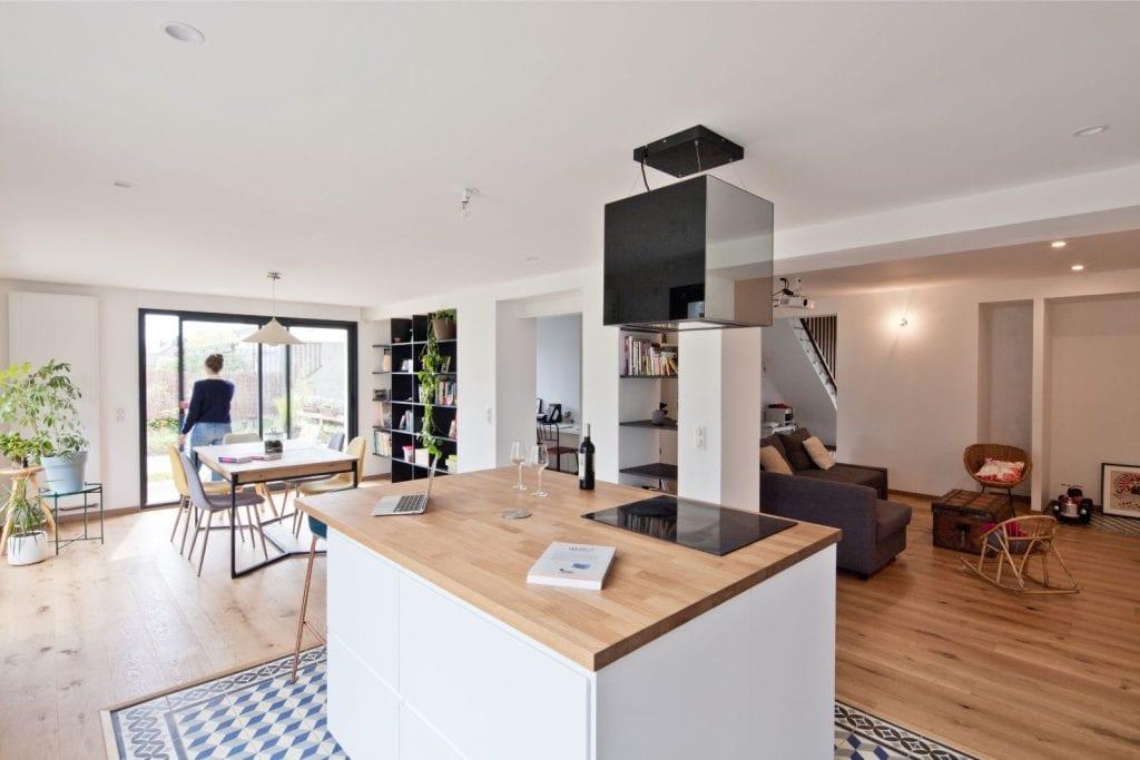 Archibien projet rénovation de maison à Nantes. L'îlot central de la cuisine.
