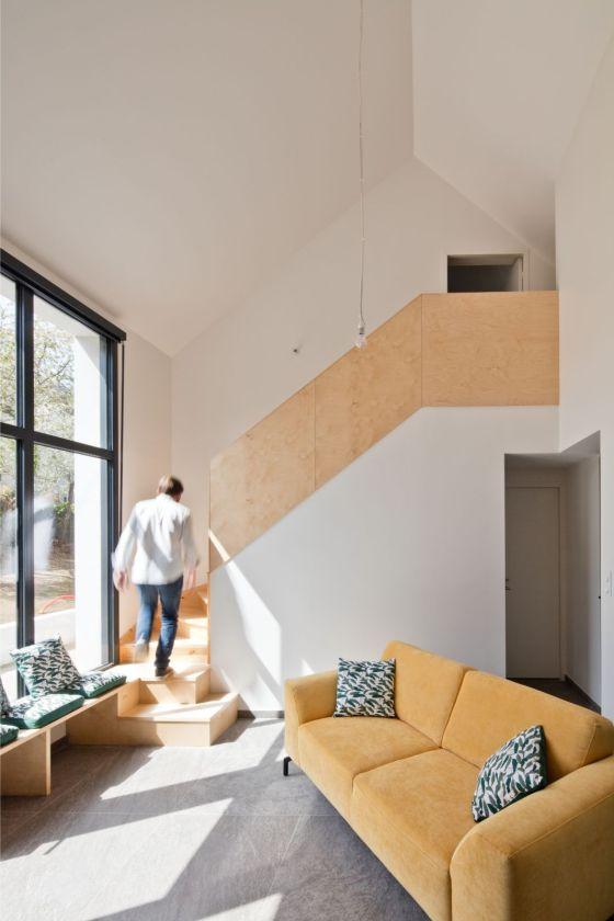 Rénovation et extension d'une maison secondaire projet Archibien escalier étage bois