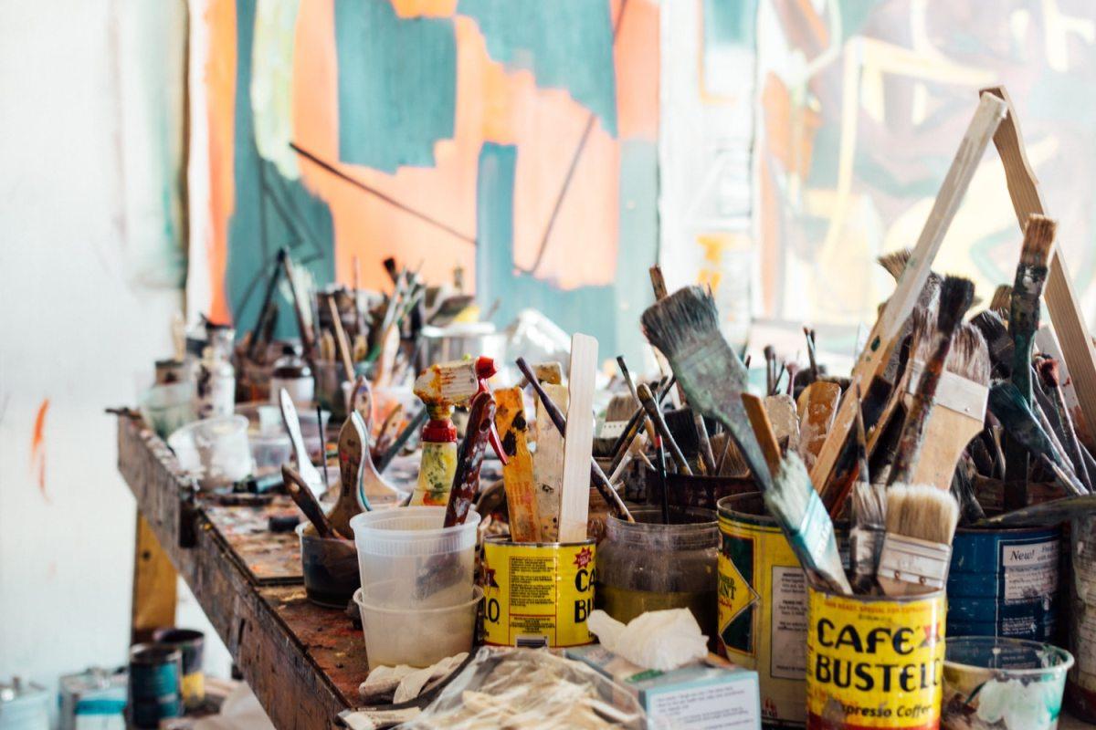 pinceaux et peintures - Comment gérer les travaux chez soi - blog Archibien