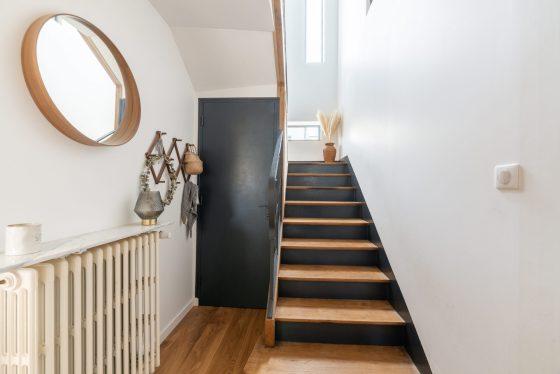 Escalier de la maison rénovée