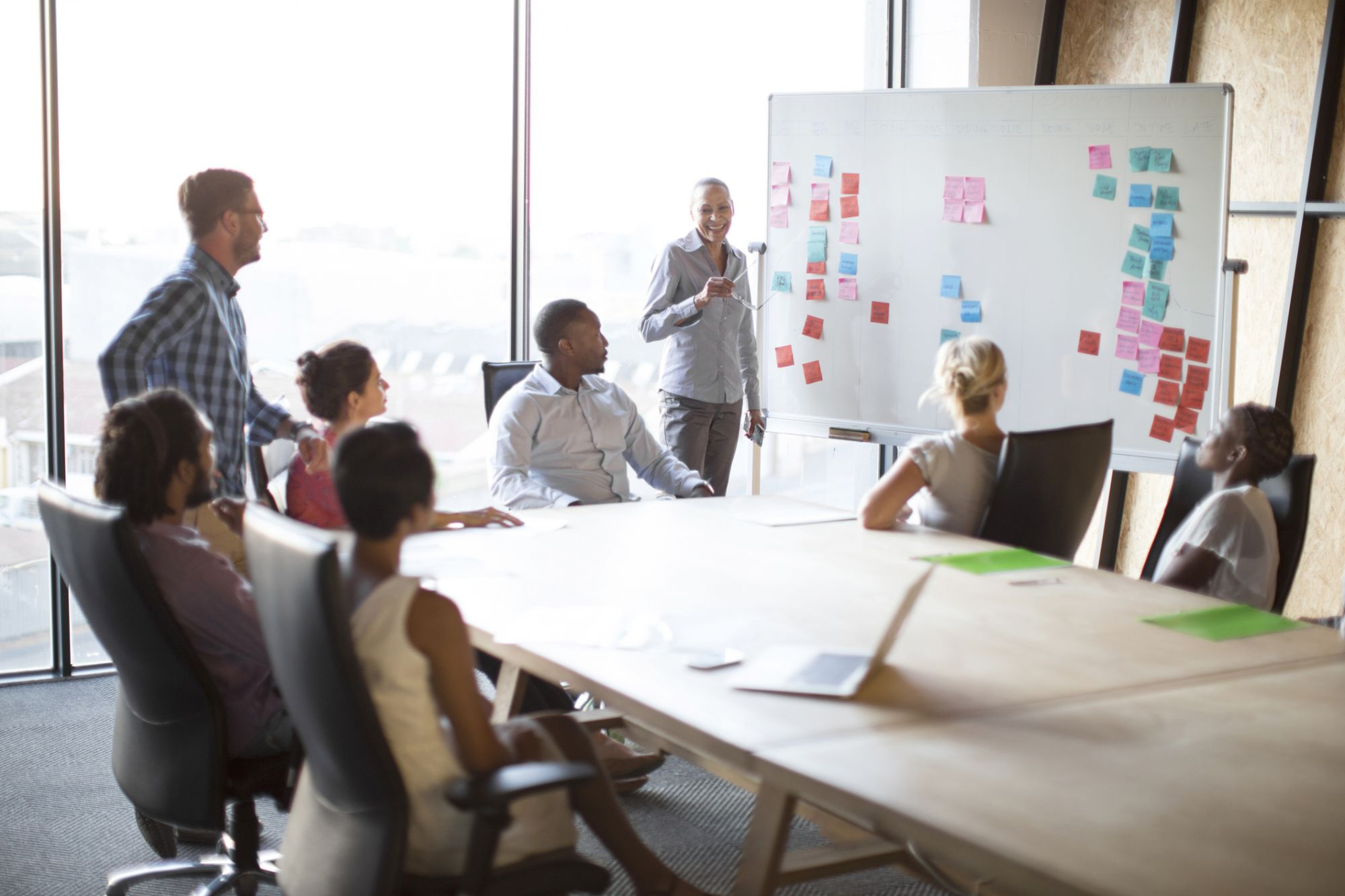 6 Simple Ways Founders Can Inspire Their First Employees