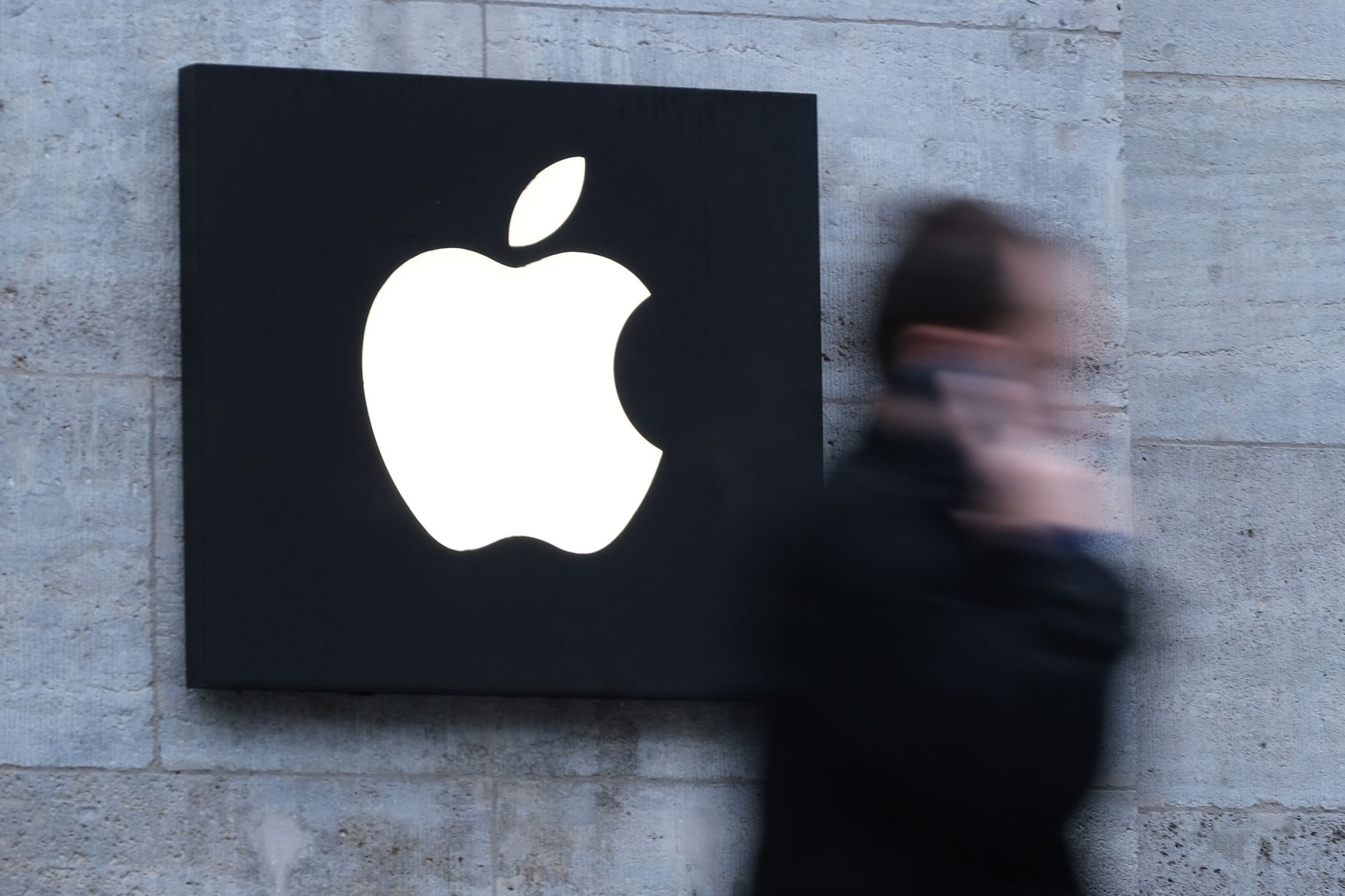 Stock Market In Holding Pattern Ahead of Apple Earnings Report