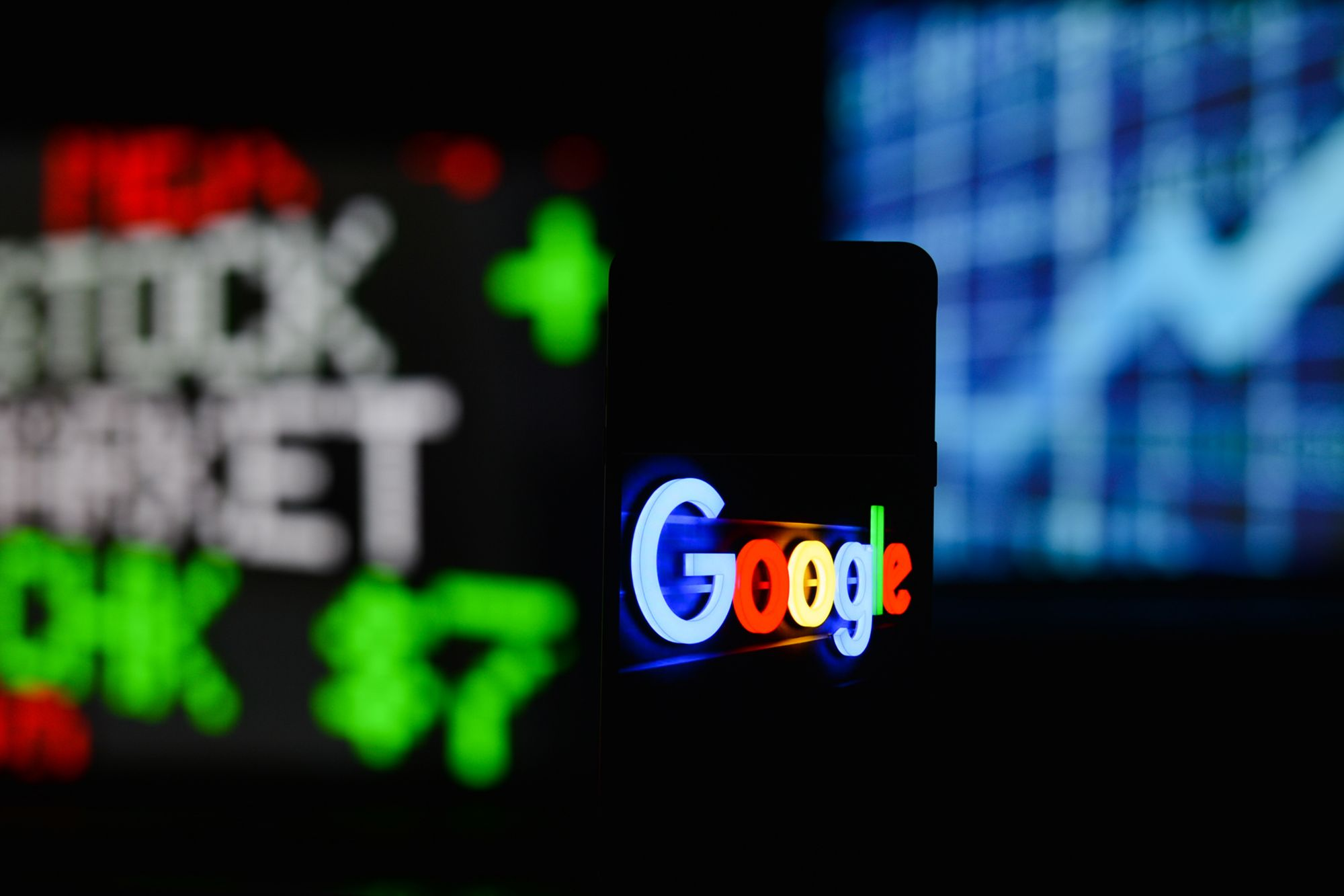 Google Misses Revenue Estimates, Has Worst Day on Stock Market Since 2012