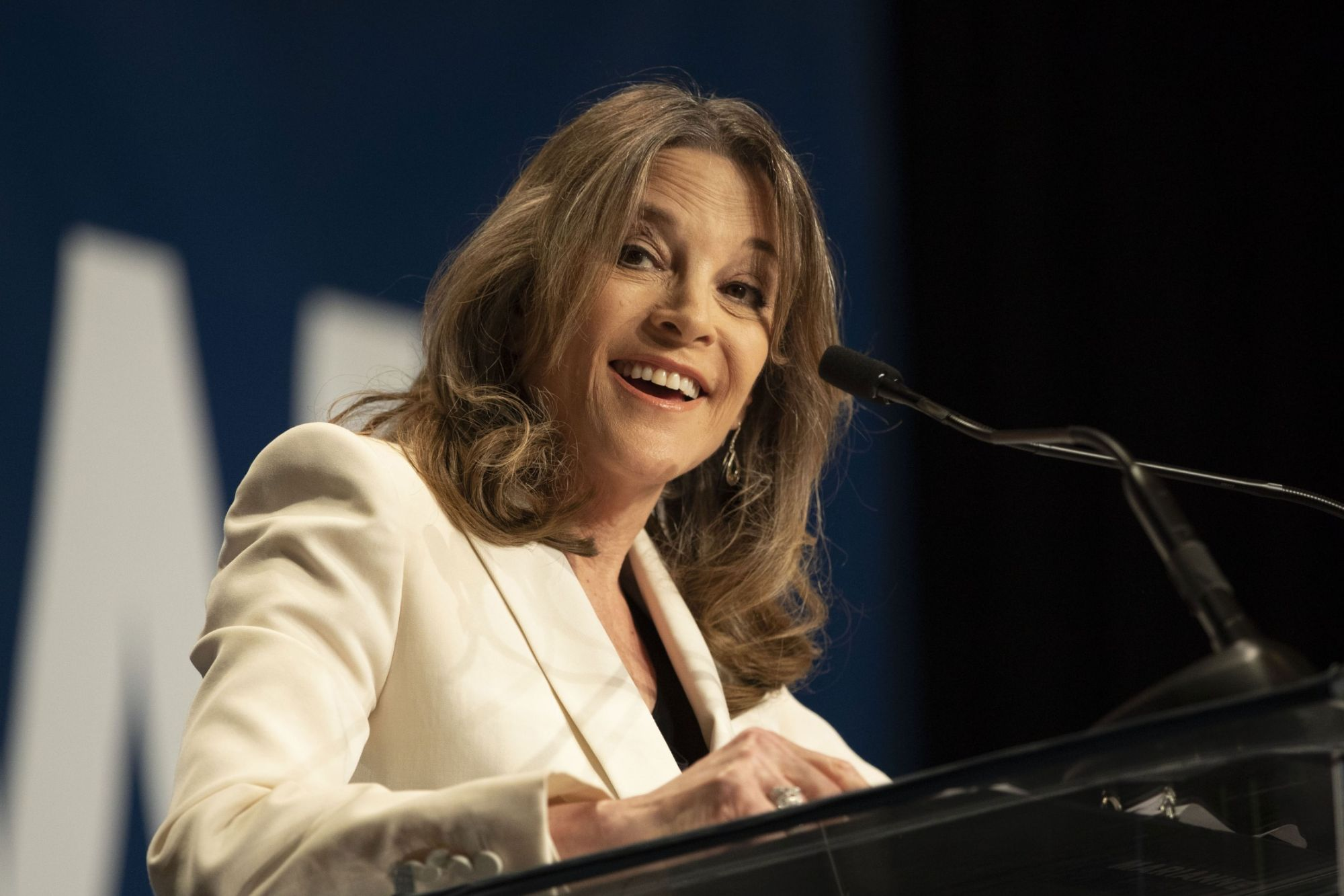 Marianne Williamson May Seem a Little Bananas, but She's Right to Focus on Food Issues