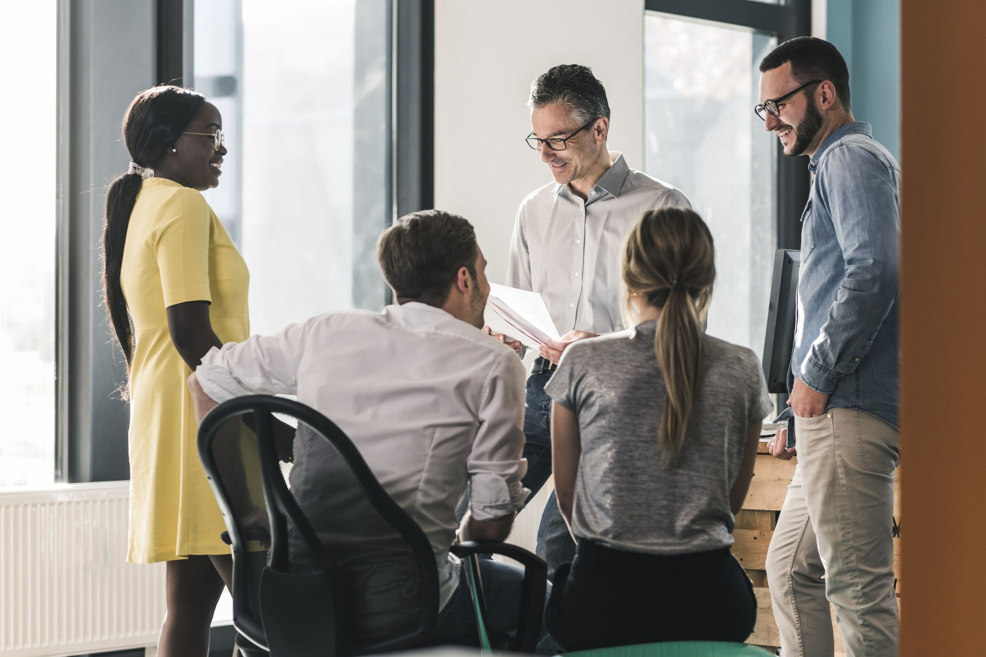 How to Handle Internal Communication With a Young Staff