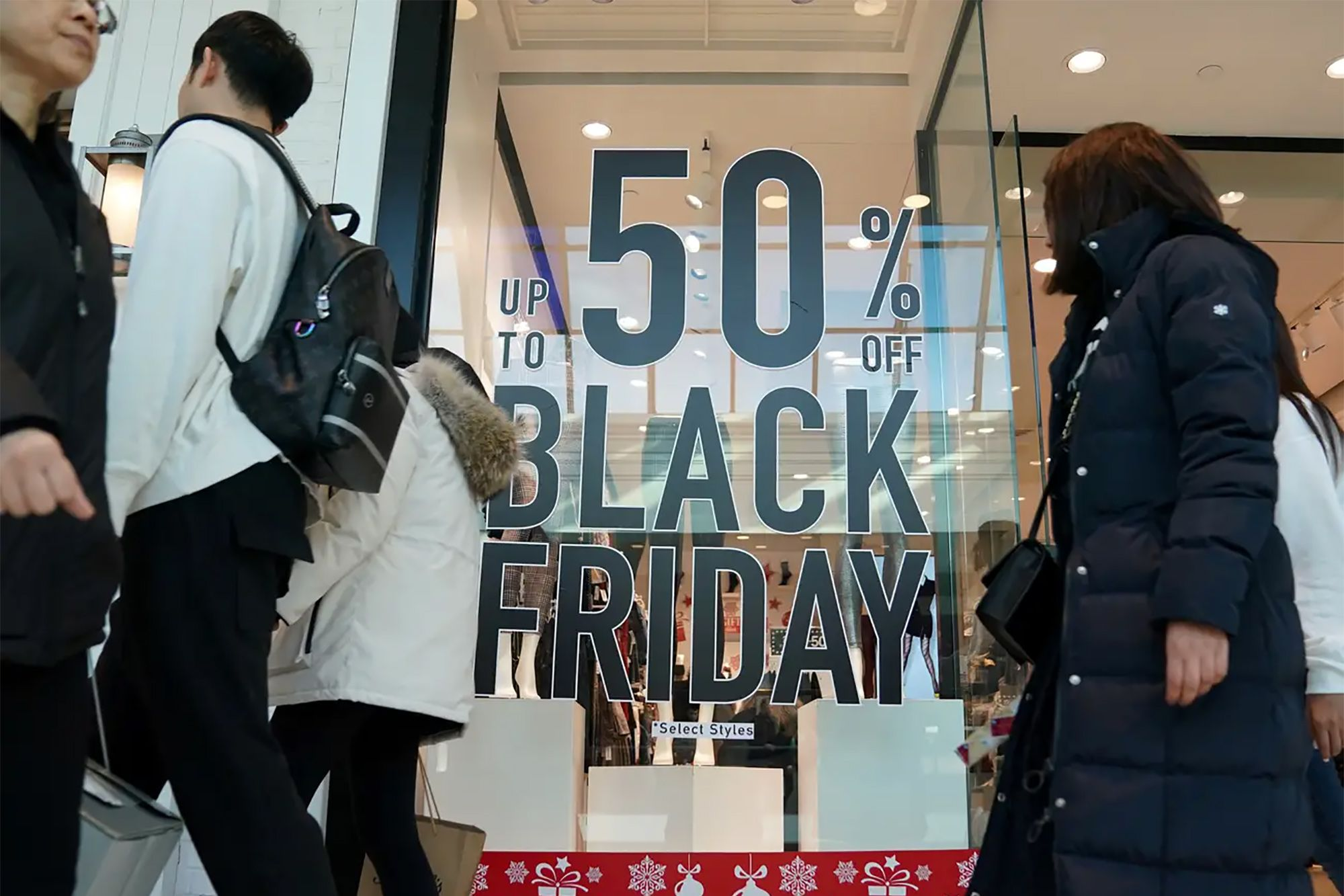 Cyber Monday Spending Soars to Record-High $9.2 Billion Online, With a Whopping $3 Billion Spent via Smartphones