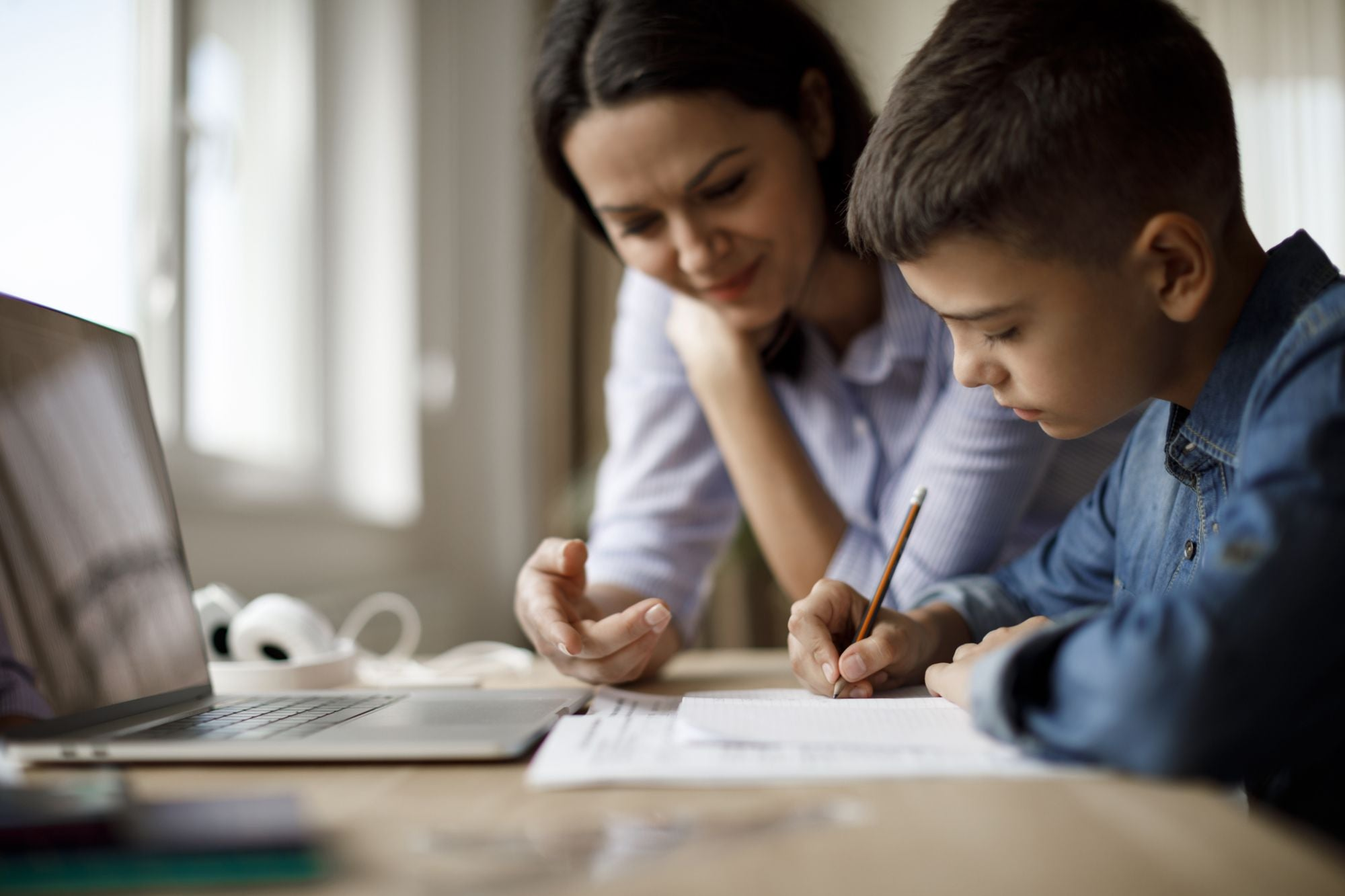 10 Tips for Entrepreneurs to Actually Get Work Done While Homeschooling Kids