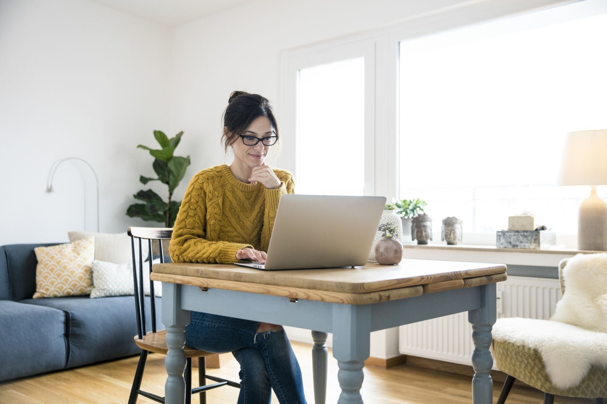 Pros and Cons of Remote Work: Will Your Employees Adapt?