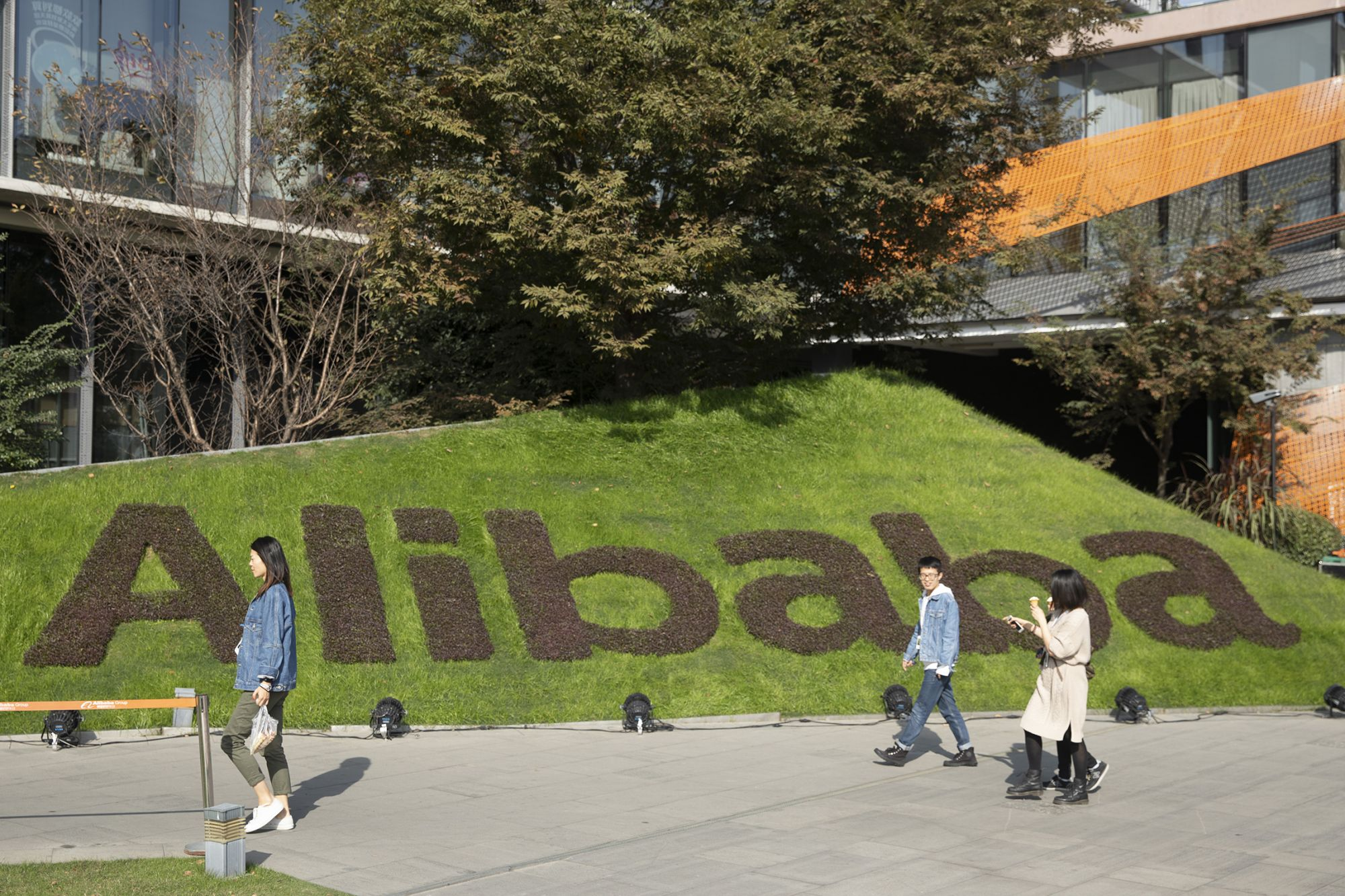 Alibaba's Chief Growth Officer On 3 Critical Challenges For International Companies