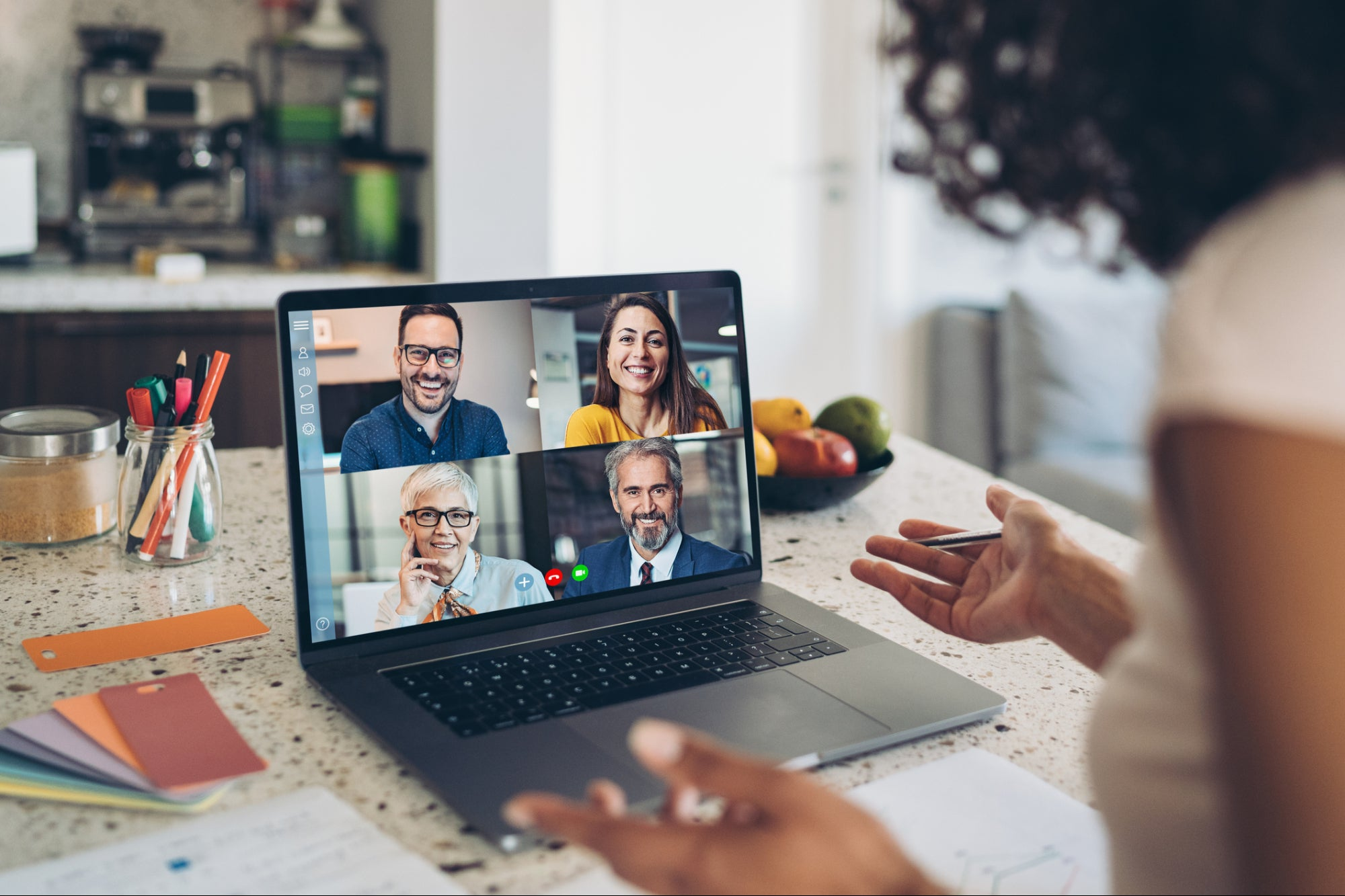 5 Tips for Hiring and Team Building Remotely
