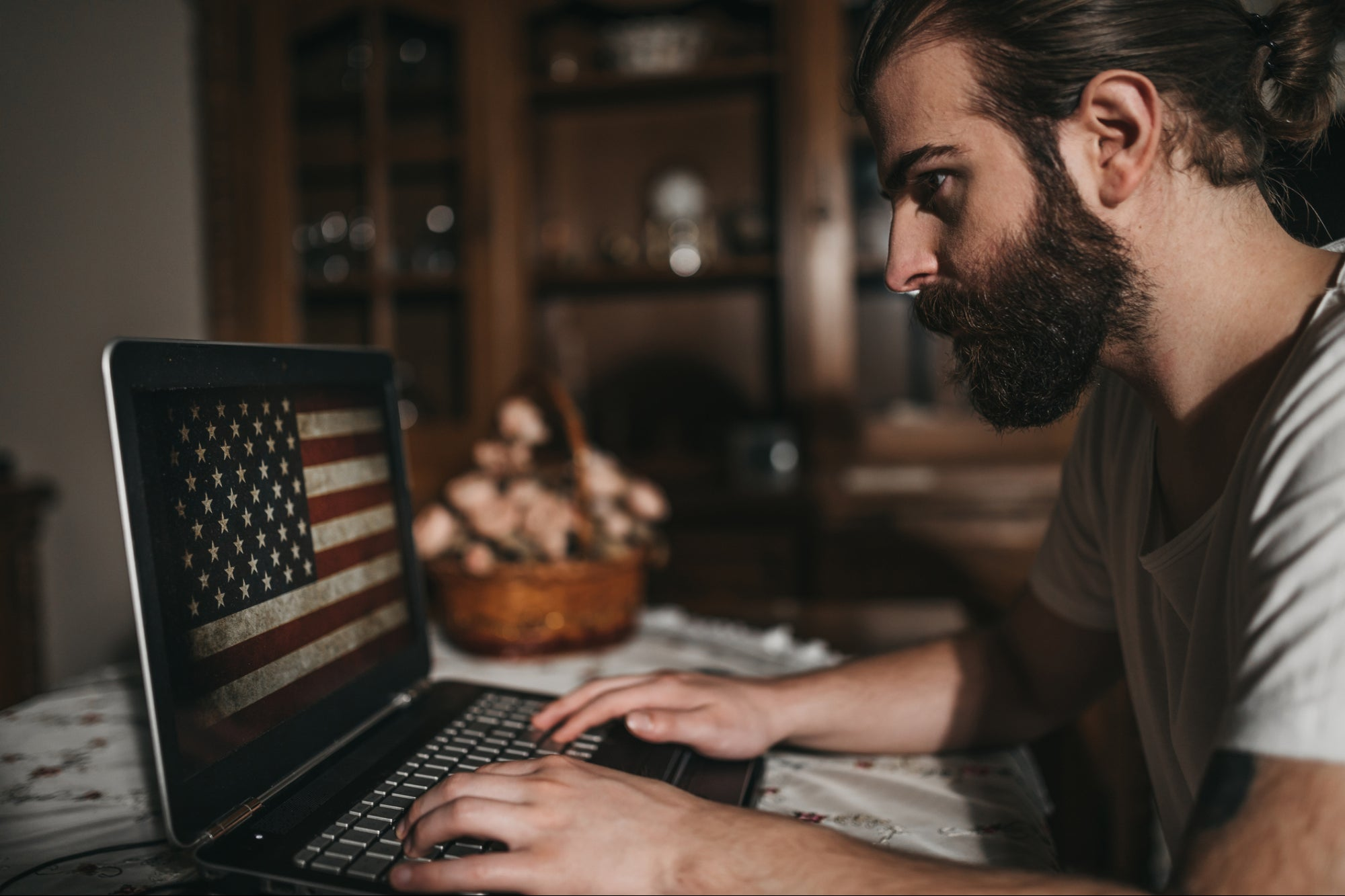 5 Tips for Military Vets Transitioning Into a Remote Workforce or Business