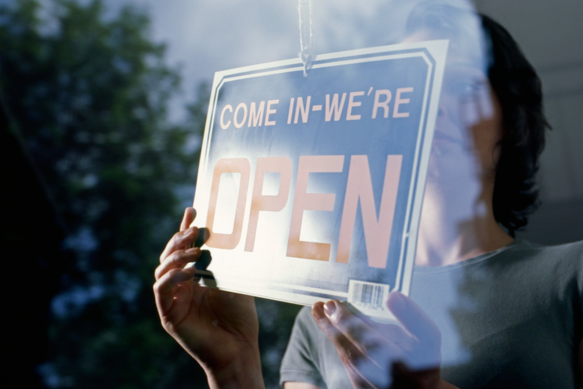 4 Tips for Starting a Business in an Economic Downturn