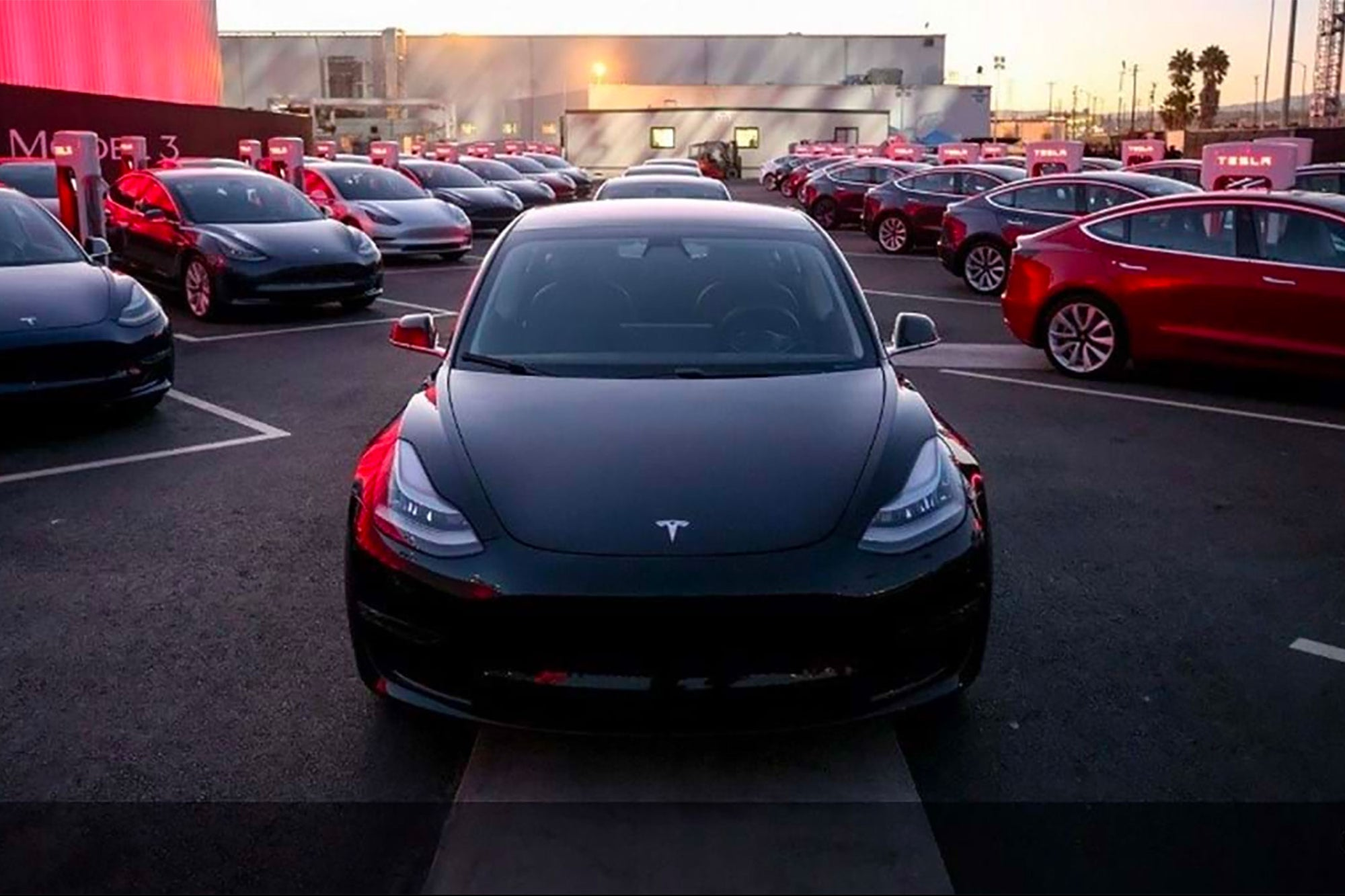 Elon Musk Schedules Tesla 'Battery Day' for Sept. 15