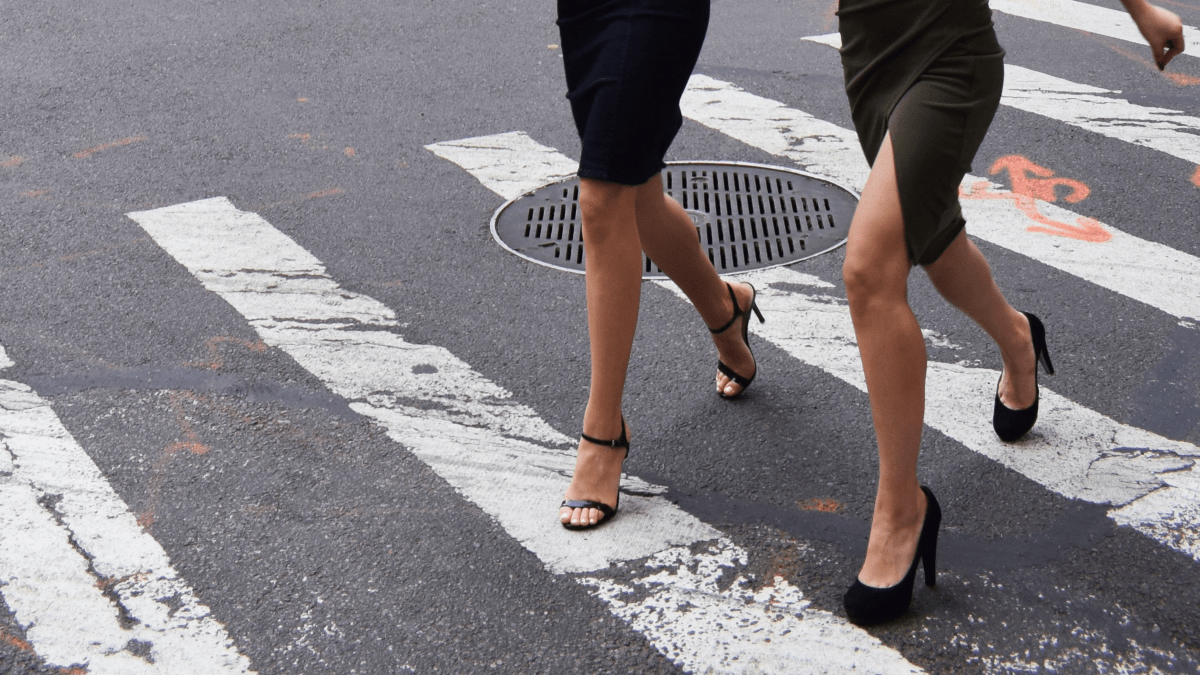 Your fashion footprint is much bigger than you realize! Learn how easy it can be to reduce fashion footprint with these two easy solutions.