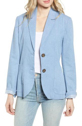 5-Ways-to-Make-Denim-Office-Appropriate-blazer