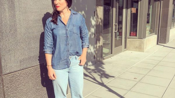 How to Style A Button Down Using the Tuck & Roll