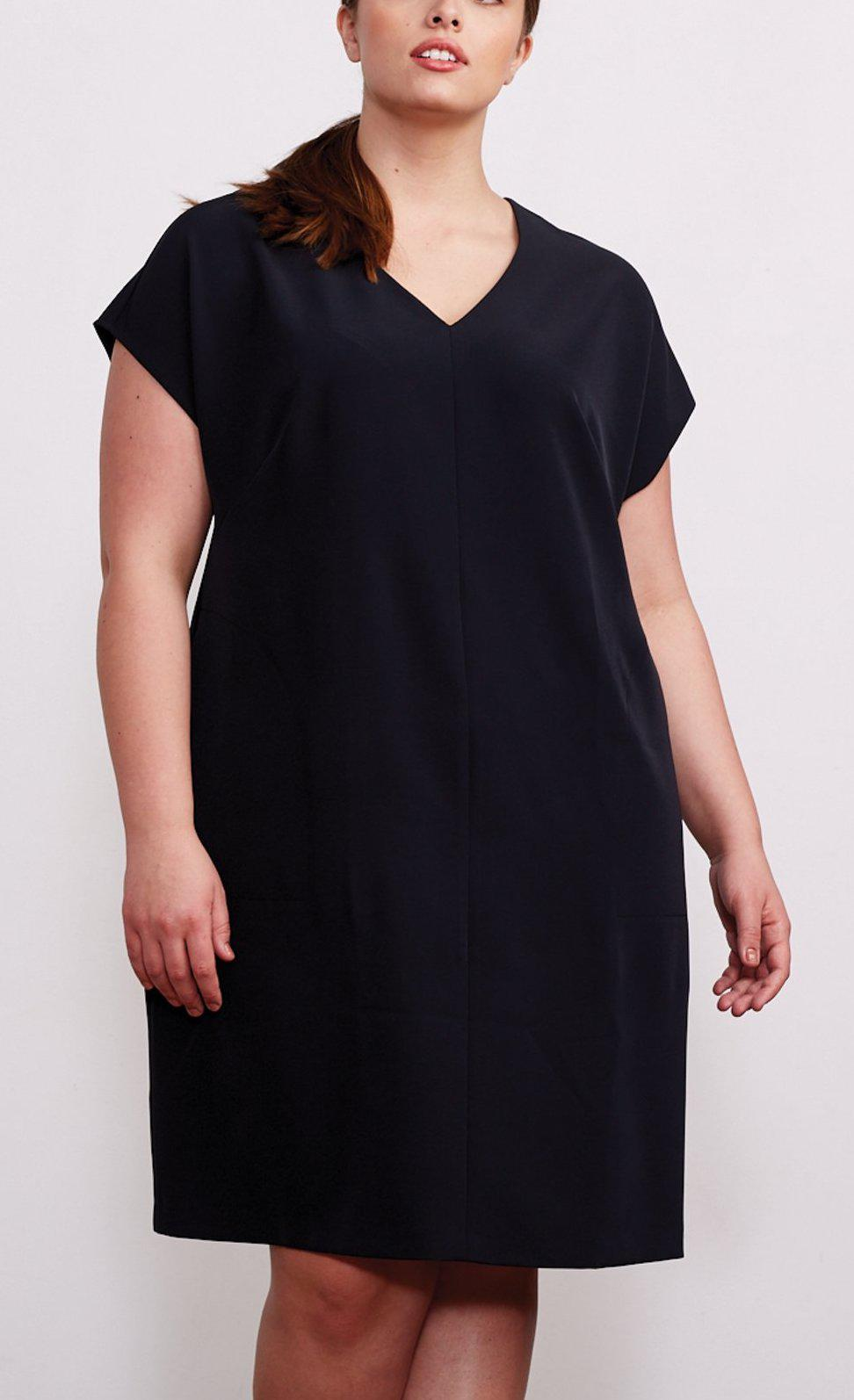 Brass high end designer plus-size women's clothing rental