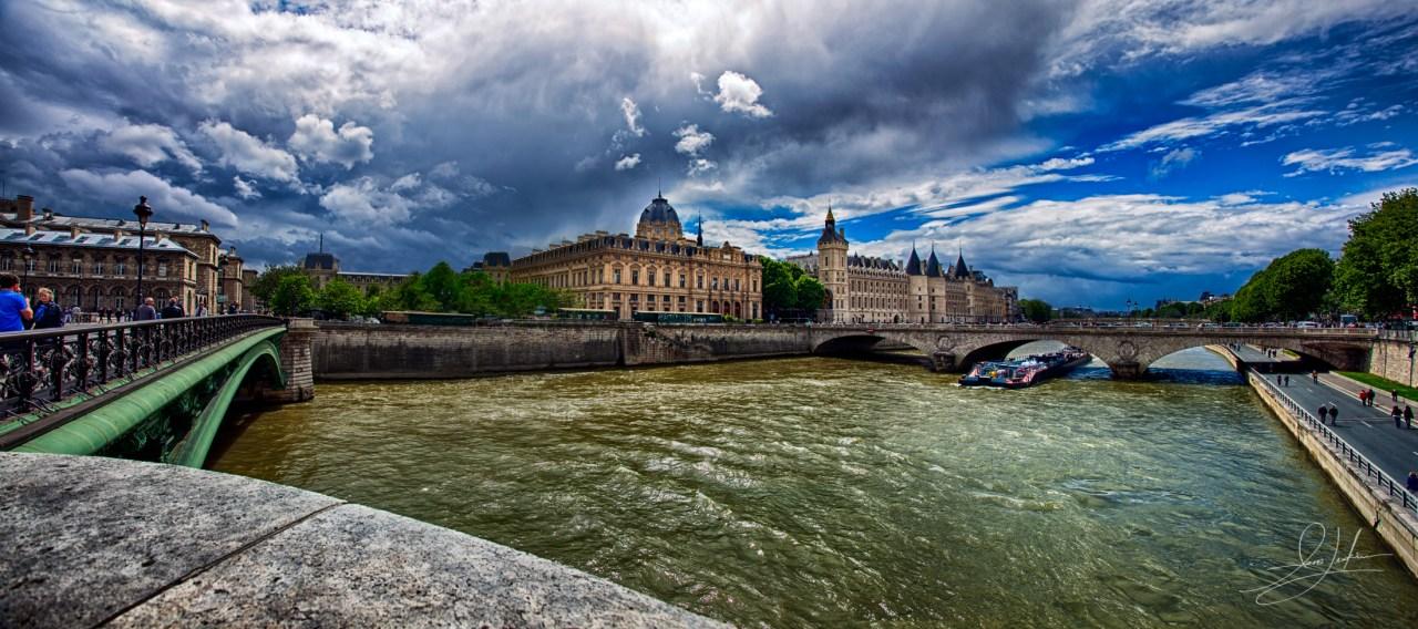 La Seine River in Paris