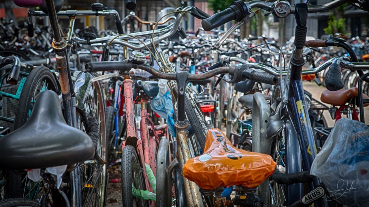 0704-Bicycles Amsterdam-IMG_2067_HDR