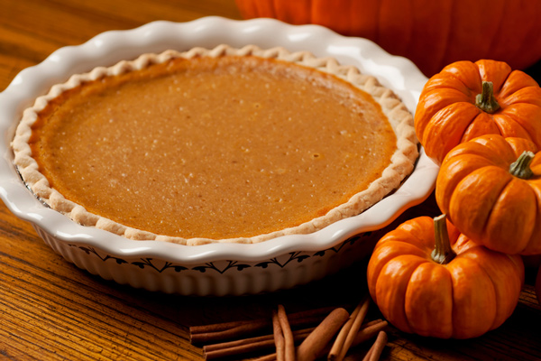 Essential Oil–Spiced Pumpkin Pie