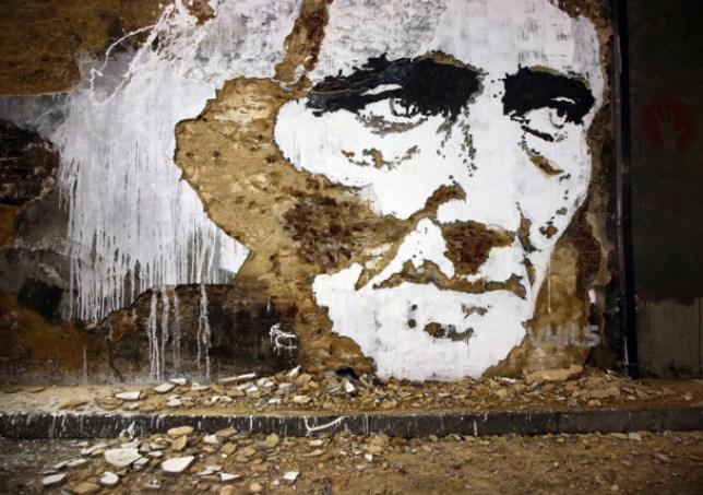 Vhils, london, Street artist