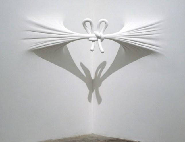 daniel-arsham-mur-blanc-09