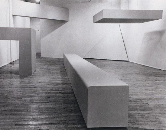 Minimalism, Robert Morris L beam