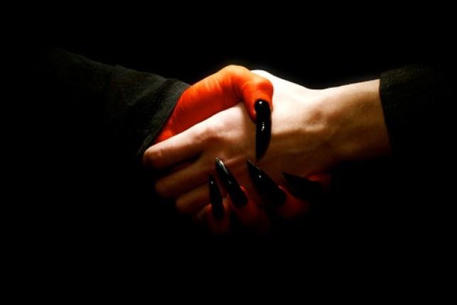 Christian Boltanski, pacte avec un étrange collectionneur