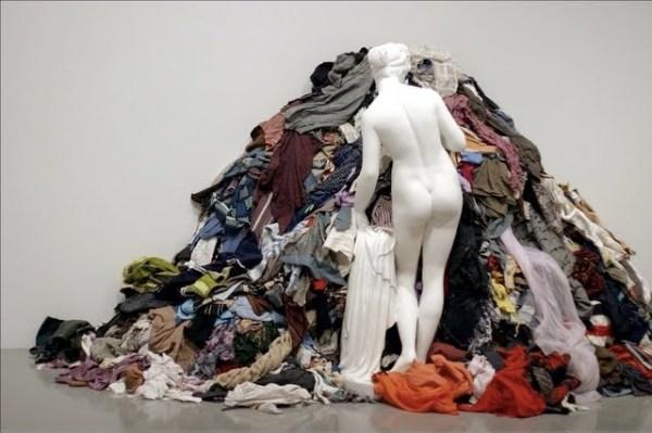 Michelangelo Pistoletto – Venus of the rags, 1967