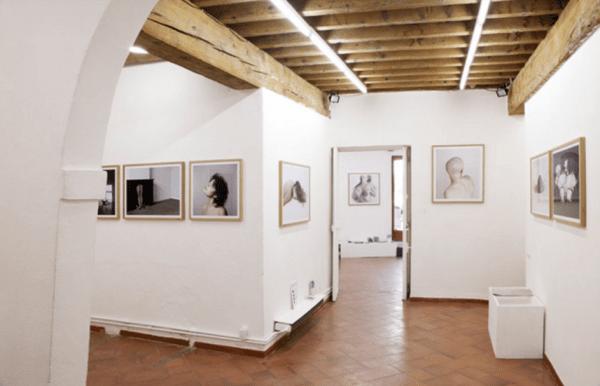Crédits : Marlous van der Sloot, exposition 'Le corps vécu' à la Galerie Voies Off