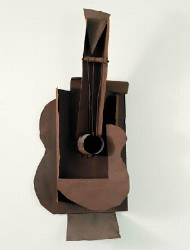 sculpture guitare picasso