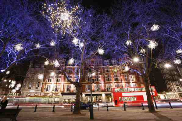 Christmas, London, England - Christmas Vacation in Europe