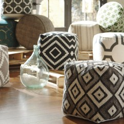 Living Room Pouf Arrangement With Corner Tv Great Tips Ideas For Decorating Ottomans