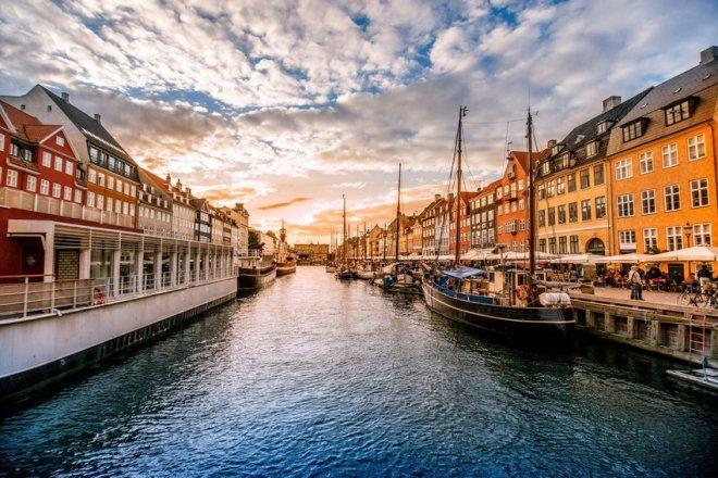Denmark (25 Days)