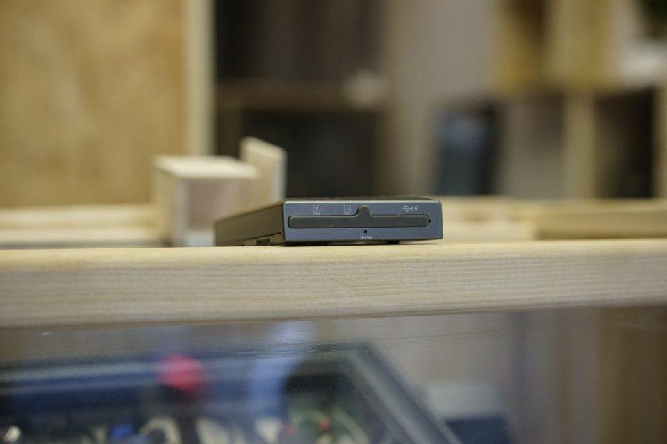 Le Cayin N5 dispose de deux slots micro-sd et une prise USB 3.0.