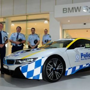 Tesla vs. BMW i8 for NSW Police investment