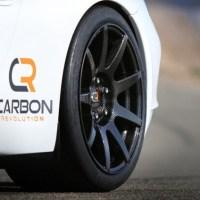 Des Jantes CR9 en fibre de carbone pour un gain de 25 kg sur la voiture !