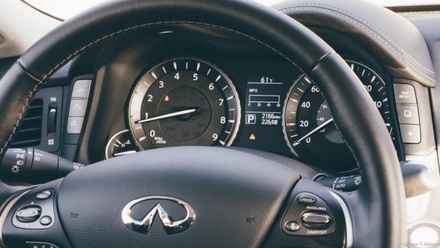 2015 Infiniti Q70 L Steering Wheel