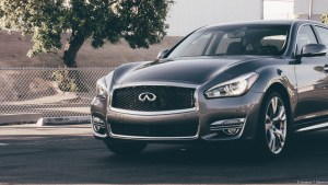 Front 3/4 of the 2015 Infiniti Q70L