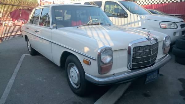 1970 Mercedes Benz 220
