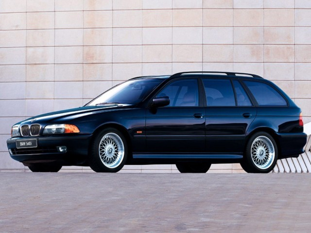 2002 BMW 540i Touring